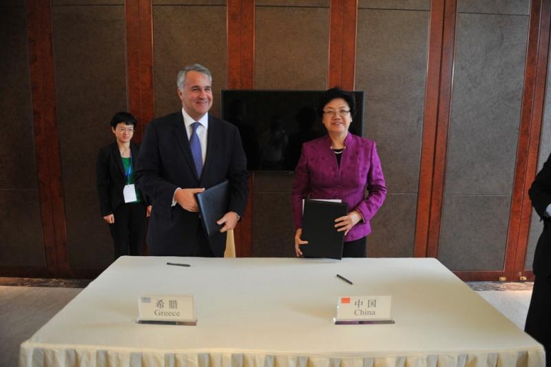 Τι είδε ο Βορίδης στην Κίνα! Γιατί λείπει ο υπουργός Υγείας;
