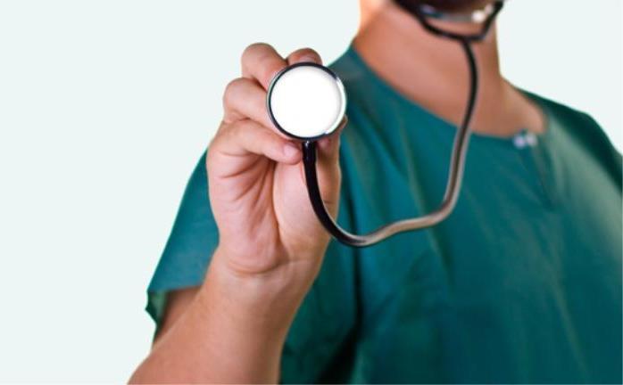 Στα κάγκελα οι νοσοκομειακοί γιατροί για τις εφημερίες!