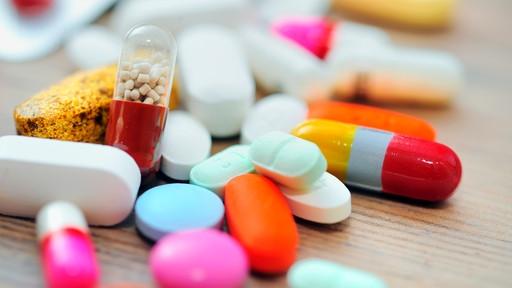 Φαρμακοβιομήχανοι κατά Άδωνι για τις τιμές στα φάρμακα! Τα λάθη και οι διορθώσεις