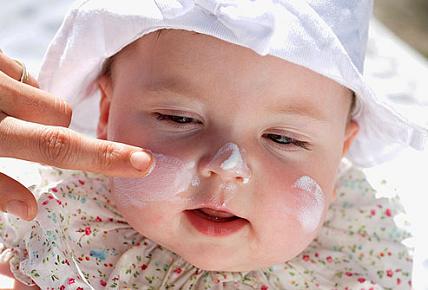Αναγκαία η χρήση αντιλιακού στα βρέφη- Νέες θεραπείες για το μελάνωμα!