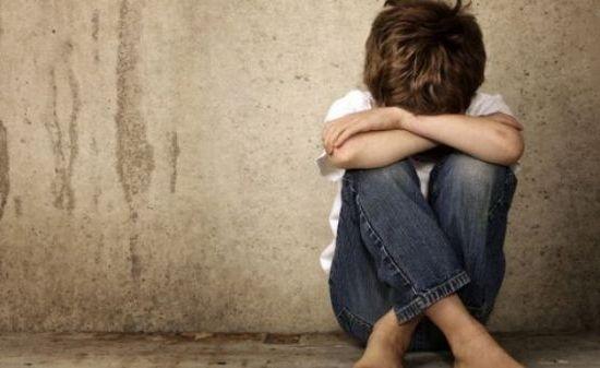 Γιατί το παιδί μου αυτοτραυματίζεται; Τα αίτια και τα συμπτώματα