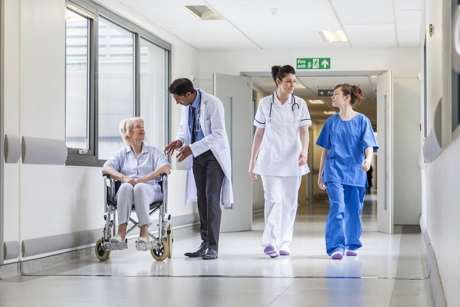 Γιατροί πρώην ΙΚΑ: Στο ΕΣΥ χωρίς μισθό και αξιολόγηση! Πως θα μεταφερθούν στο νέο σύστημα