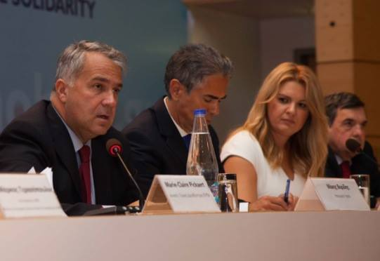 ΣΦΕΕ : Περισσότερη διαφάνεια στις σχέσεις φαρμακευτικών εταιρειών και γιατρών