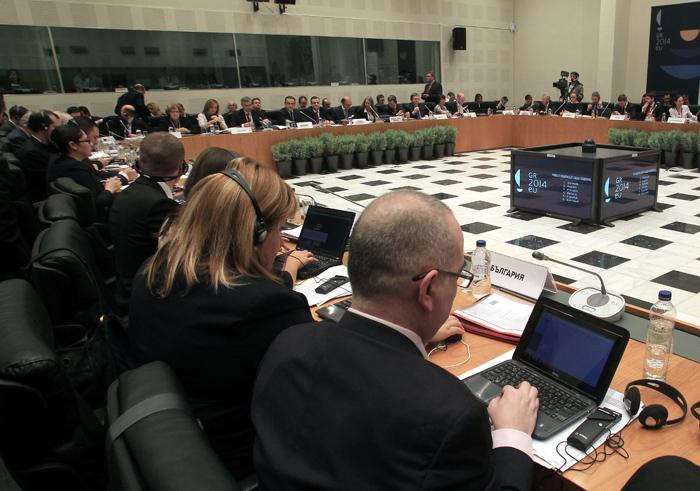 Η λιτότητα στην Υγεία χτυπά την καρδιά της Ευρώπης! Άτυπο Συμβούλιο υπ.Υγείας