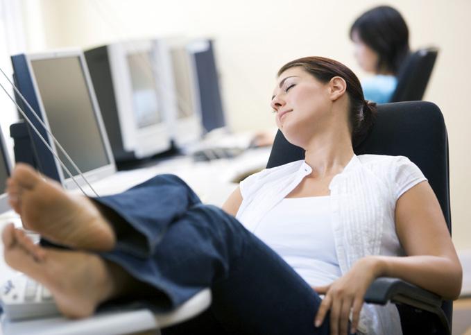 Έχετε ατονία και νιώθετε συνεχώς κουρασμένη; Δείτε τι φταίει