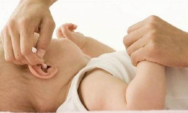 Προστατεύστε τα παιδιά σας από την ωτίτιδα!Όλα όσα πρέπει να γνωρίζετε
