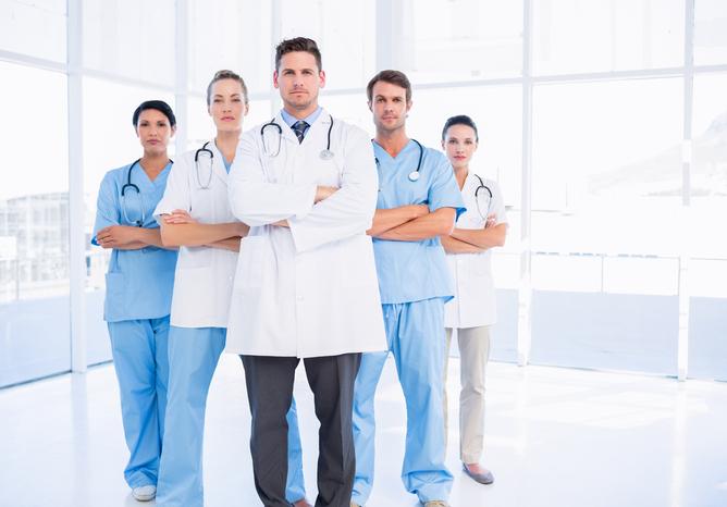 Γιατροί ΕΟΠΥΥ: Πληρώστε τώρα τα παλιά χρέη αλλιώς γιατροί τέλος!