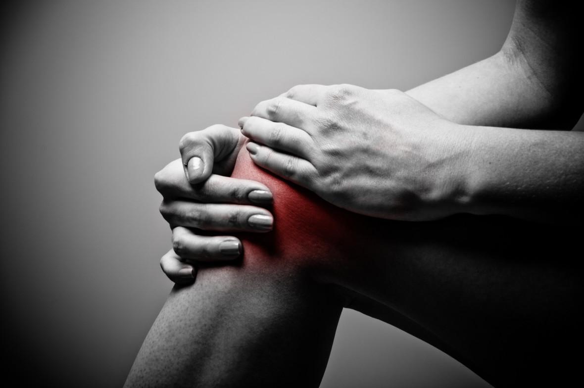 Πώς οι γιατροί «φτιάχνουν» καινούρια γόνατα με βιολογικά υλικά!