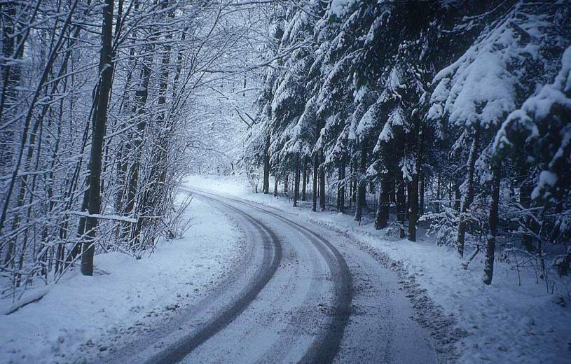 Σε κλοιό χιονιά η χώρα! Κουρουμπλής: Κρατήστε ανοιχτά τα νοσοκομεία