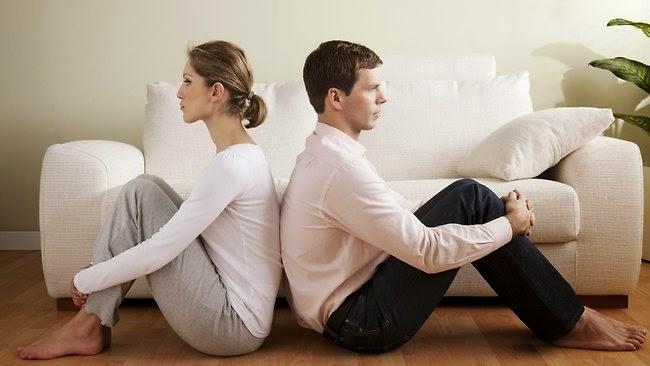 Τι είναι αυτό που προκαλεί απόσταση στα παντρεμένα ζευγάρια; Όλα τα αίτια