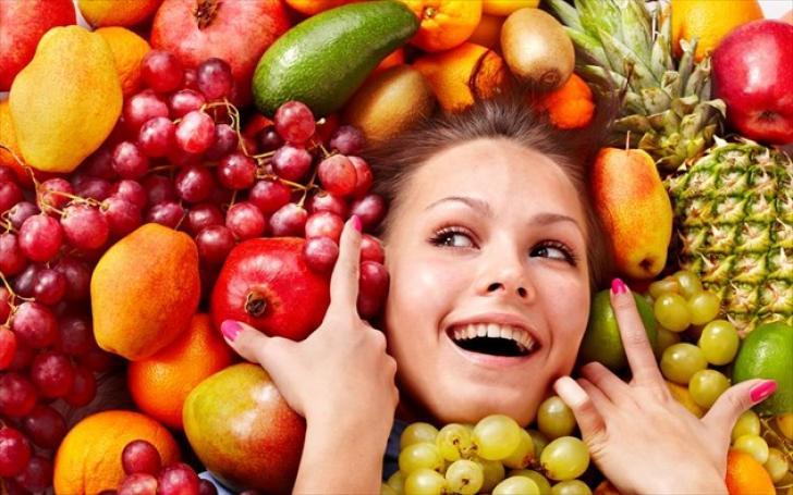 Πώς να γίνετε ευτυχισμένοι τρώγοντας φρούτα! Έρευνα