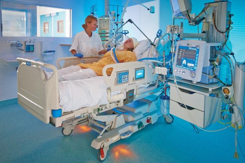 Συμφωνία δημοσίου με ιδιωτικό τομέα για εντατικές και ακτινοθεραπείες! Τι ανακοίνωσε ο Π.Κουρουμπλής