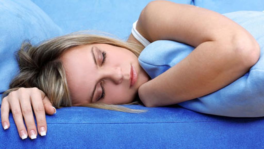 Δείτε τα τρία πράγματα που δεν πρέπει να κάνετε ποτέ πριν τον ύπνο!