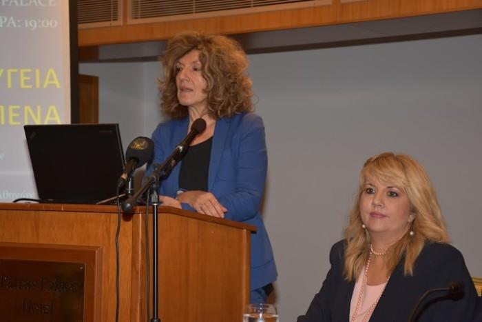 Η υφυπουργός Παιδείας Σία Αναγνωστοπούλου και η Πρόεδρος του Ιατρικού Συλλόγου Πατρών Άννα Μαστορακου