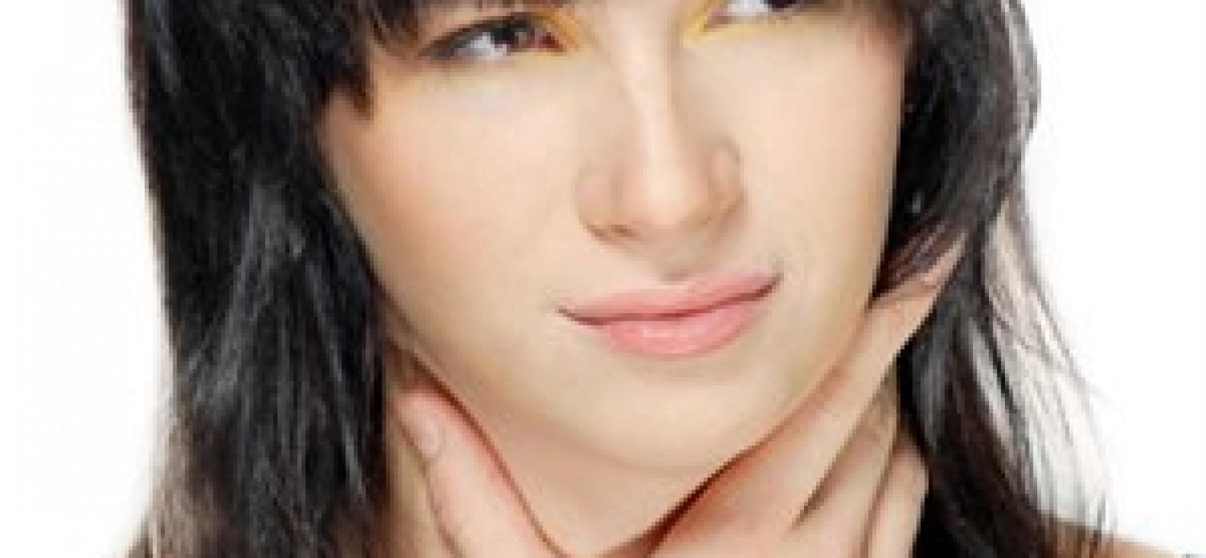 Πέντε γιατροσόφια για να αντιμετωπίσετε τον πονόλαιμο!