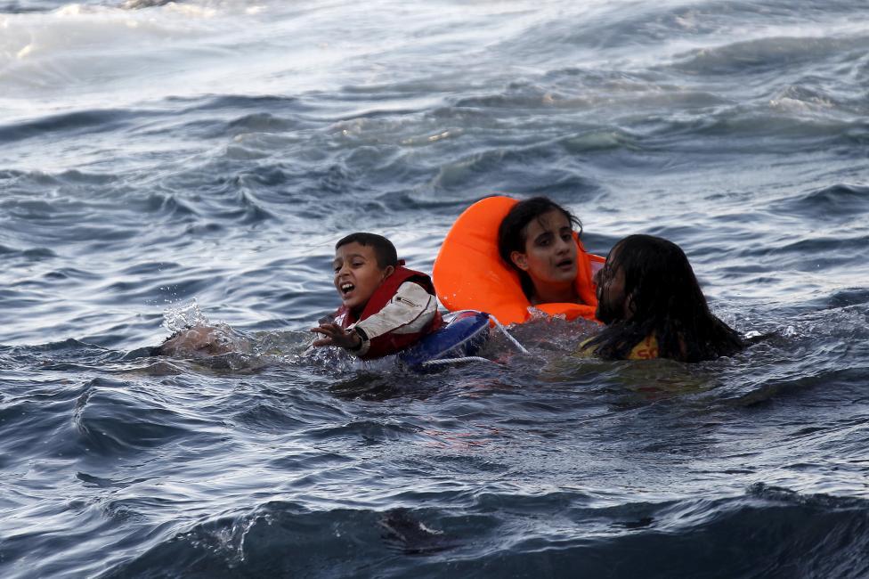 Νοσοκομείο Σάμου: Δεν εκδώσαμε πλαστά πιστοποιητικά θανάτου για τους πρόσφυγες!