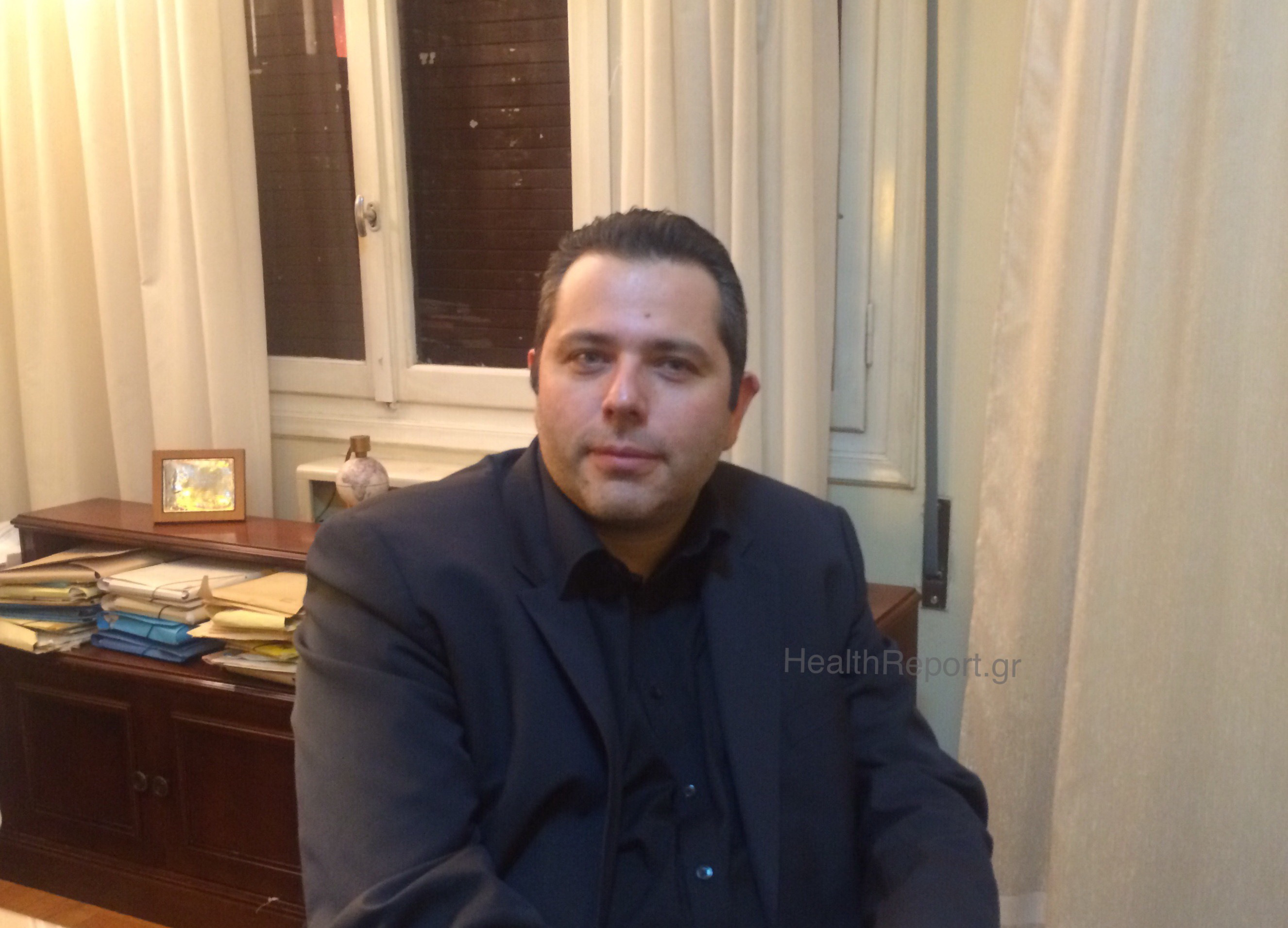 Ο νέος πρόεδρος του ΕΟΠΥΥ αποκλειστικά στο HealthReport.gr! Τι λέει για γιατρούς, κουρέματα, συμβάσεις