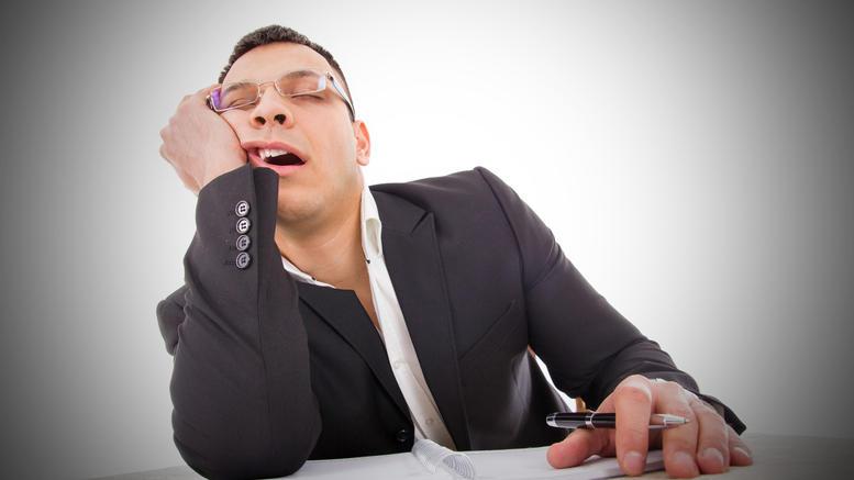 Γιατί νιώθετε συνέχεια κουρασμένοι; Όλες οι αιτίες