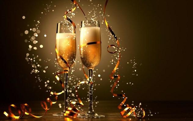 Δείτε πόσες θερμίδες έχουν τα εορταστικά ποτά;