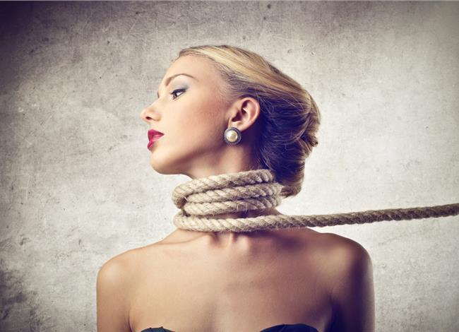 Πόνος στον αυχένα: Οι τρεις πιθανές αιτίες