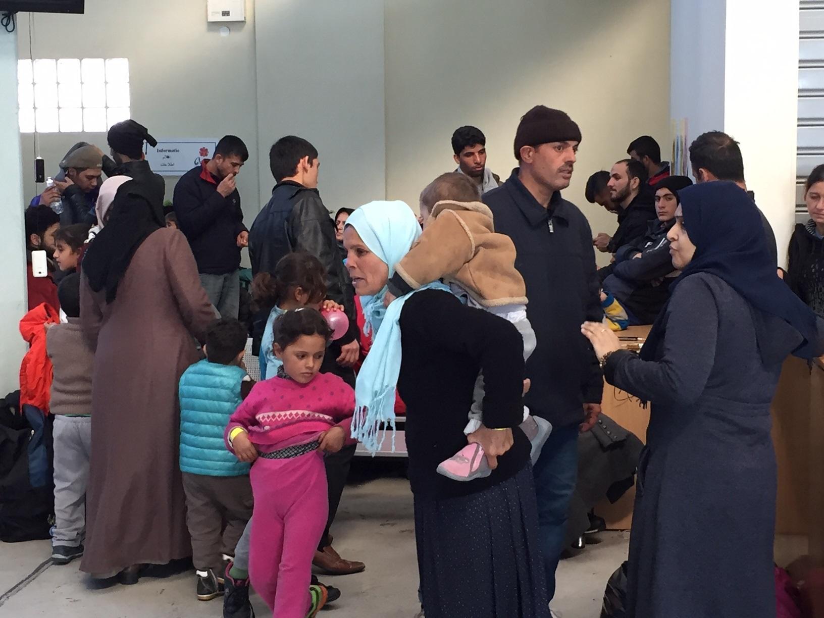 Στα θρανία γιατροί και εργαζόμενοι για την περίθαλψη των προσφύγων! Τι οργανώνει το υπ.Υγείας