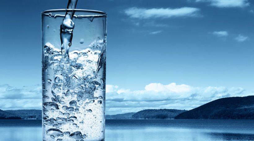 Κρύο vs ζεστό νερό: Ποιο κάνει περισσότερο καλό στην υγεία