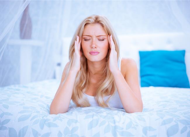 Μηνιγγίωμα στο κεφάλι: Τα σημάδια που πρέπει να σας ενεργοποιήσουν
