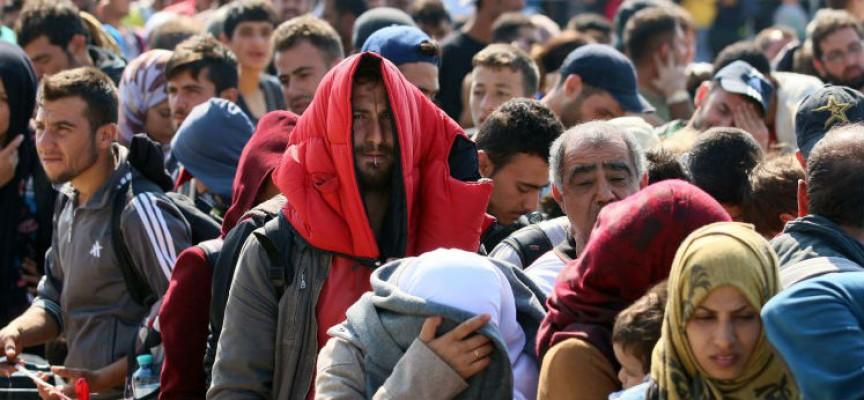 Ελληνική Εταιρεία Λοιμώξεων: Ανάγκη για υγειονομικούς ελέγχους στις προσφυγικές ροές