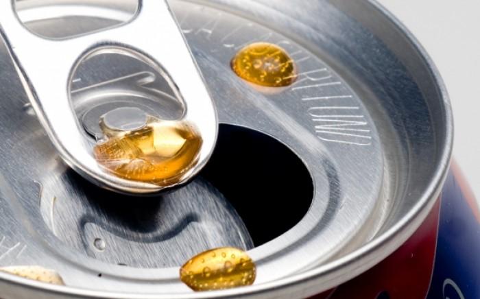 Oρθοδοντική θεραπεία: Δείτε γιατί δεν πρέπει να πίνετε αναψυκτικά