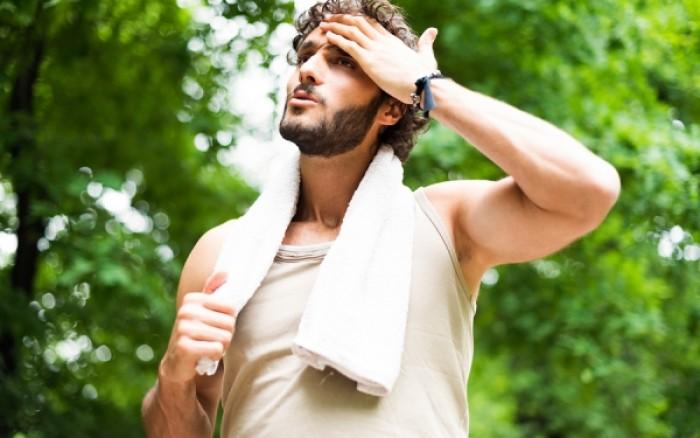 Εφίδρωση: Tips για να απαλλαγείτε από τον εφιάλτη