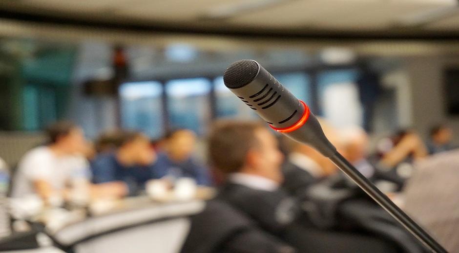 Στα «χέρια» της Αρχής Προστασίας Δεδομένων η δημοσιοποίηση των ονομάτων των γιατρών που πάνε σε συνέδρια!