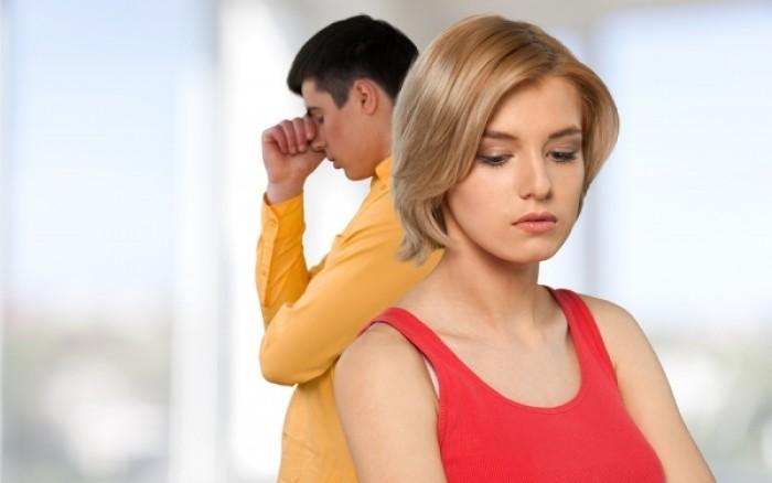 Γιατί οι γυναίκες απατούν το σύντροφό τους; Έρευνα