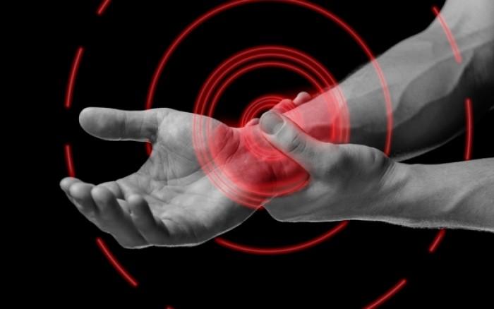 Σύνδρομο καρπιαίου σωλήνα: Πως περνούν οι πόνοι