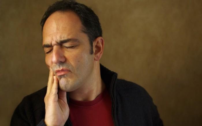 Οι top λόγοι που πονάνε τα δόντια σας