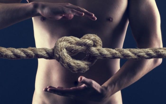Έλκος στομάχου: Αυτοί είναι οι έξι παράγοντες που αυξάνουν τον κίνδυνο!