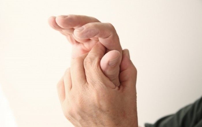 Photo of Πρήξιμο στα δάχτυλα των χεριών: Σε ποια αίτια μπορεί να οφείλεται;