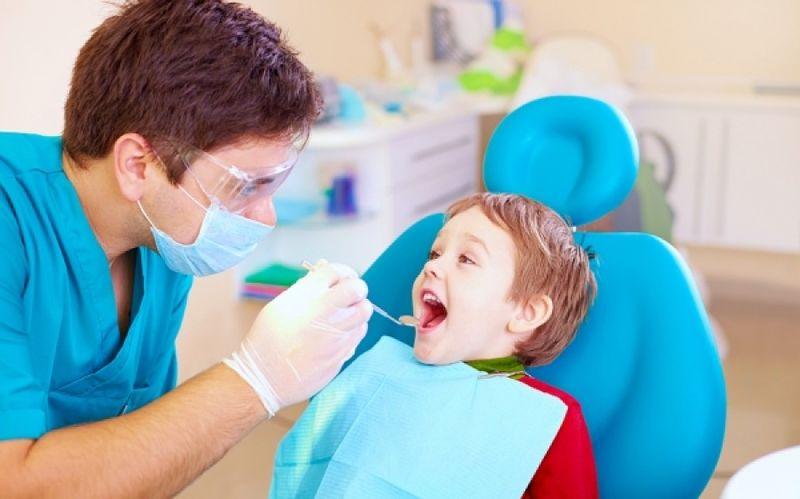 Πριν από το «πρώτο κουδούνι»: Γιατί είναι απαραίτητος ο έλεγχος των δοντιών;