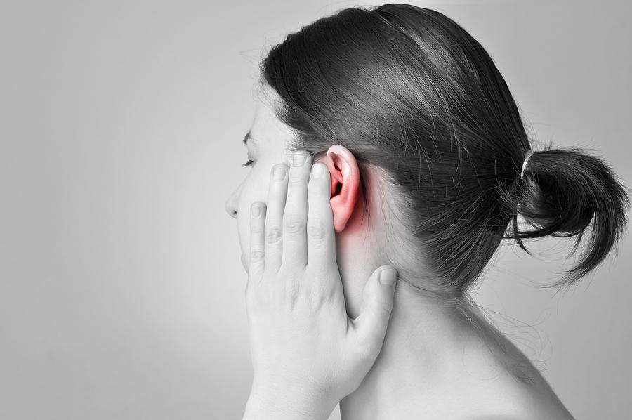 Καλοκαιρινή ωτίτιδα: Τι είναι και πώς θα προστατευθείτε