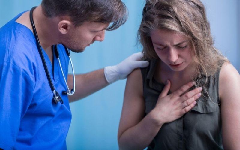 Φωτιά: Χρήσιμες συμβουλές προστασίας από τον Ιατρικό Σύλλογο Αθηνών