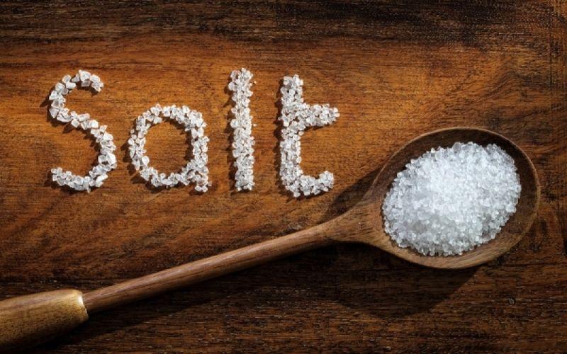 Αλάτι: Βλάπτει ή ωφελεί και σε ποια ποσότητα;