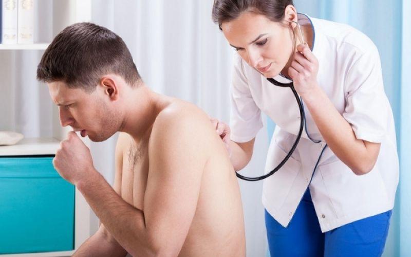 Βρογχίτιδα: Συμπτώματα και τρόποι αντιμετώπισης