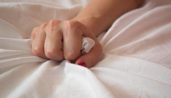 Αυτοϊκανοποίηση: Βλάπτει ή ωφελεί και σε ποια συχνότητα