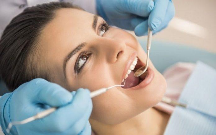 Αυξημένο σάκχαρο: Πως επηρεάζει τα δόντια;