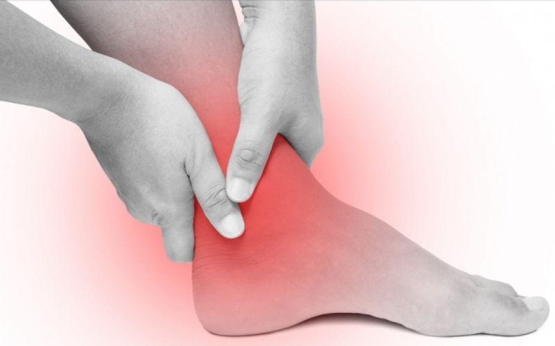 Ουρική αρθρίτιδα: Πώς «επιτίθεται» στο σώμα;