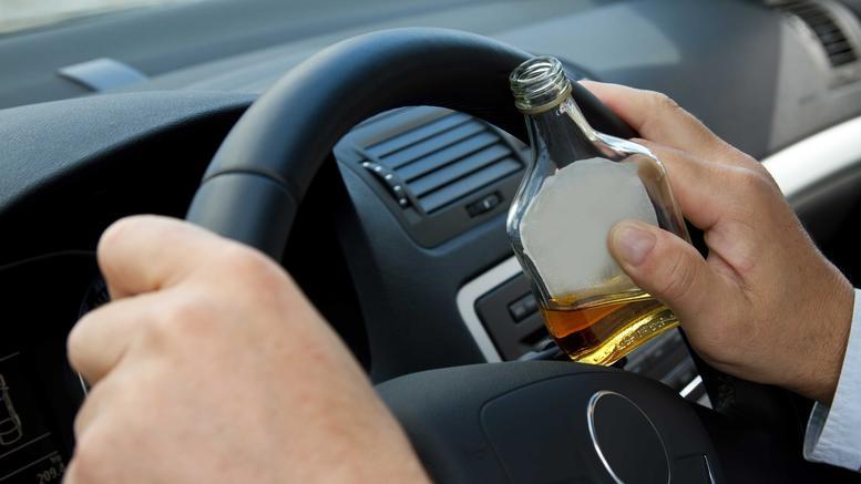 Προσοχή στο αλκοόλ! Ένα στα τρία θανατηφόρα τροχαία οφείλονται σ' αυτό!