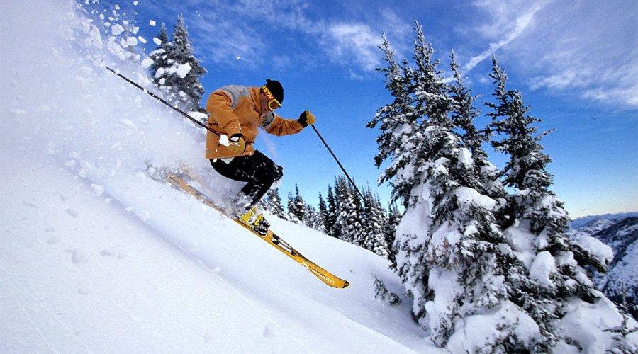Χειμερινά σπορ: Ποιους κινδύνους κρύβουν;