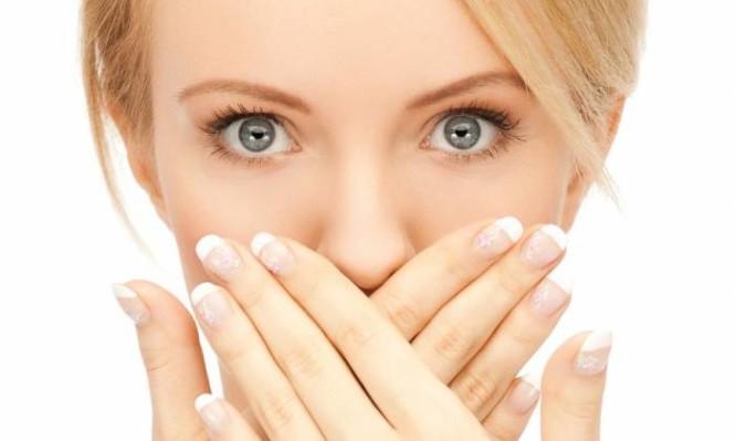 Στοματικά έλκη: Πως θα απαλλαγείτε φυσικά
