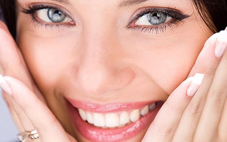 Κίτρινα δόντια: Οι κακές συνήθειες που πρέπει να αποφεύγετε