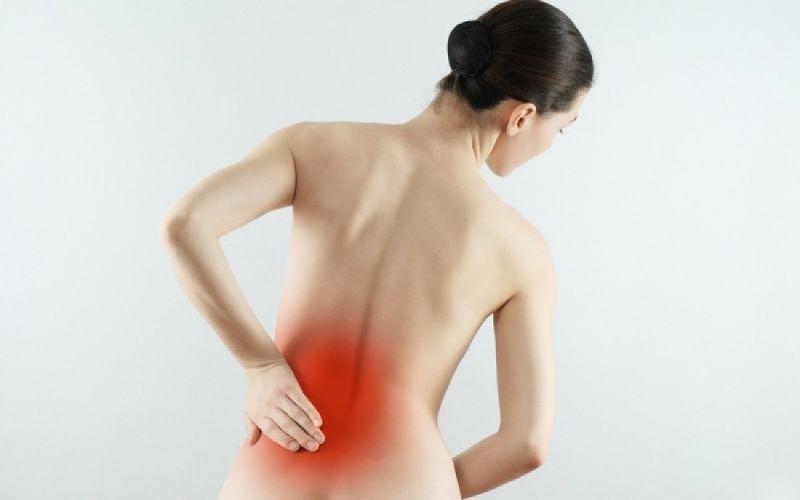Πόνος στην «ουρά»: Πέντε τρόποι να τον αντιμετωπίσετε