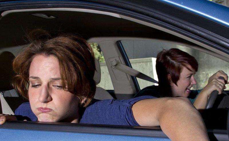 Μήπως ζαλίζεστε στο αυτοκίνητο; Δείτε τι πρέπει να κάνετε
